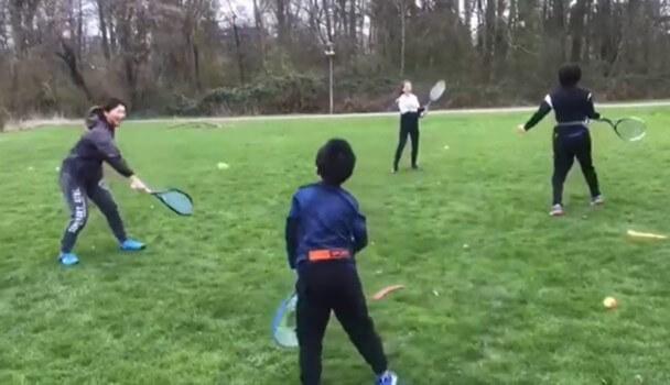 【動画】公園でボレー練習